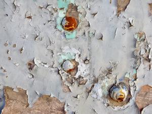 удаление старой краски с металла