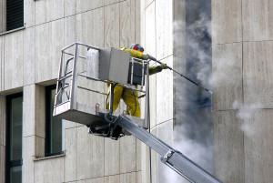 Чистка фасадов зданий: эффективные методы
