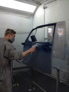 восстановление лакокрасочного покрытия автомобиля - методы и средства