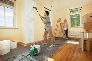 Какой краской покрасить стены: рекомендации