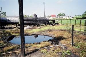 Очистка от нефти емкостей с помощью профессиональной химии: советы