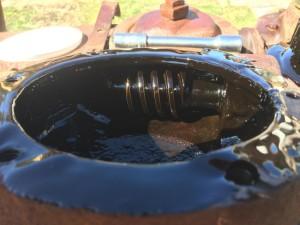 Убрать машинное масло просто с помощью химии