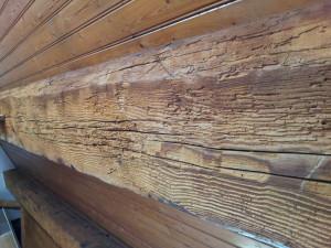 Удалить старую краску с дерева. Выбираем правильно смывку