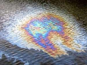 Пятно от машинного масла: методы и средства для эффективной очистки